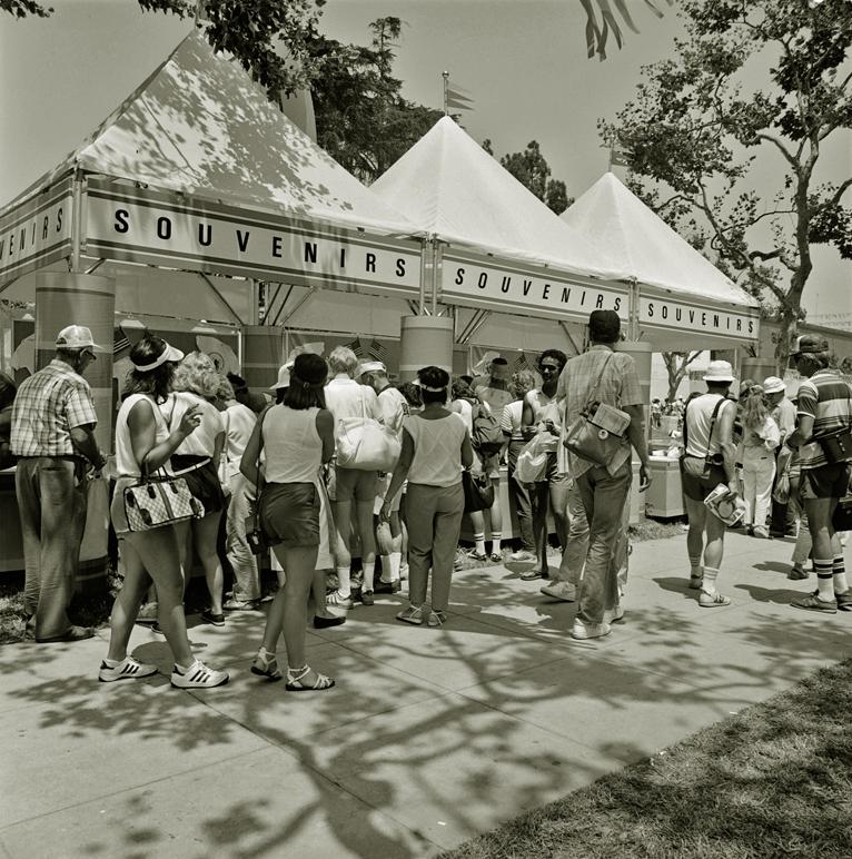 Сувенирные палатки для гостей Олимпиады-84