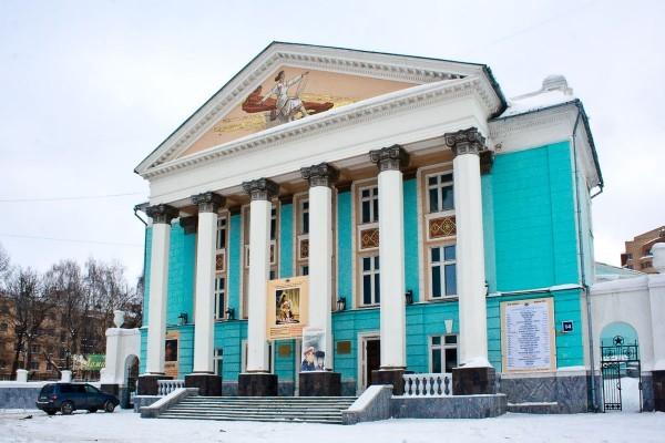 Русский драмтеатр, Чебоксары