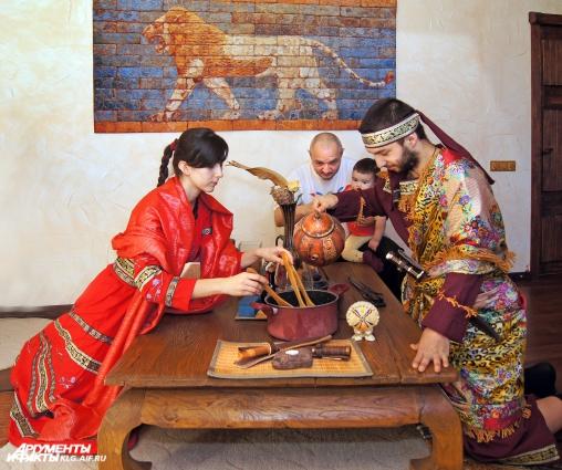 В ассирийской семье приготовление праздничного обеда - красивый и чётко выверенный ритуал.