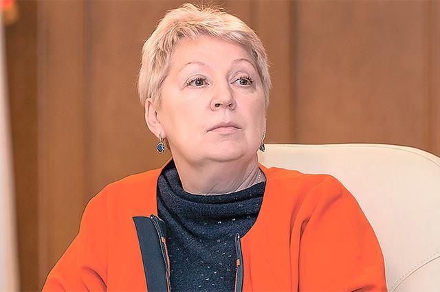 Министр образования и науки РФ Ольга Васильева заявила о возвращении уроков астрономии в школы вскоре после своего назначения.