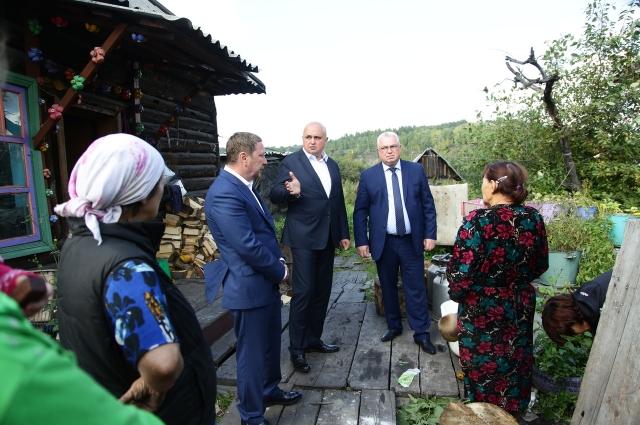 На встрече с жителями Киселёвска с врио губернатора Сергеем Цивилёвым в 2018 г.