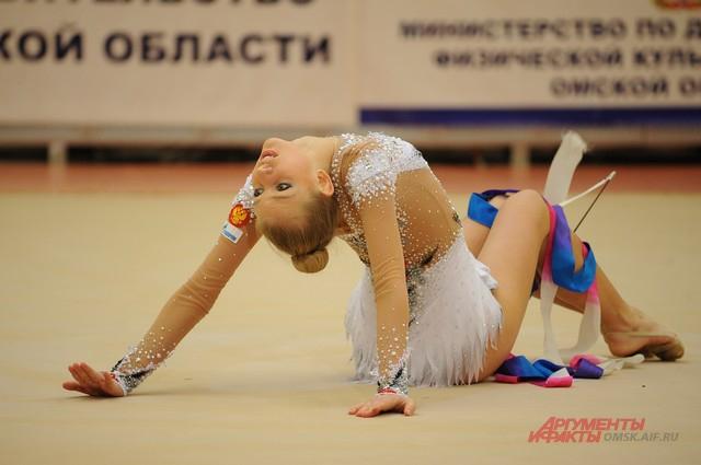 Художественная гимнастика в Омске - один из самых развивающихся видов спорта.