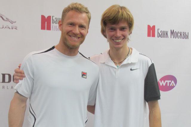 Чемпионы в мужском разряде – Дмитрий Турсунов и Андрей Рублёв.