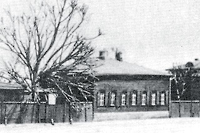 Первый «дом Марины» в Москве снесли во время революции.