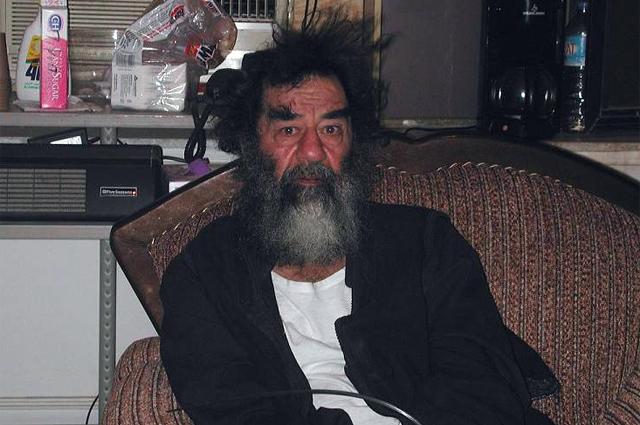 Саддам Хусейн после ареста, 2003 год