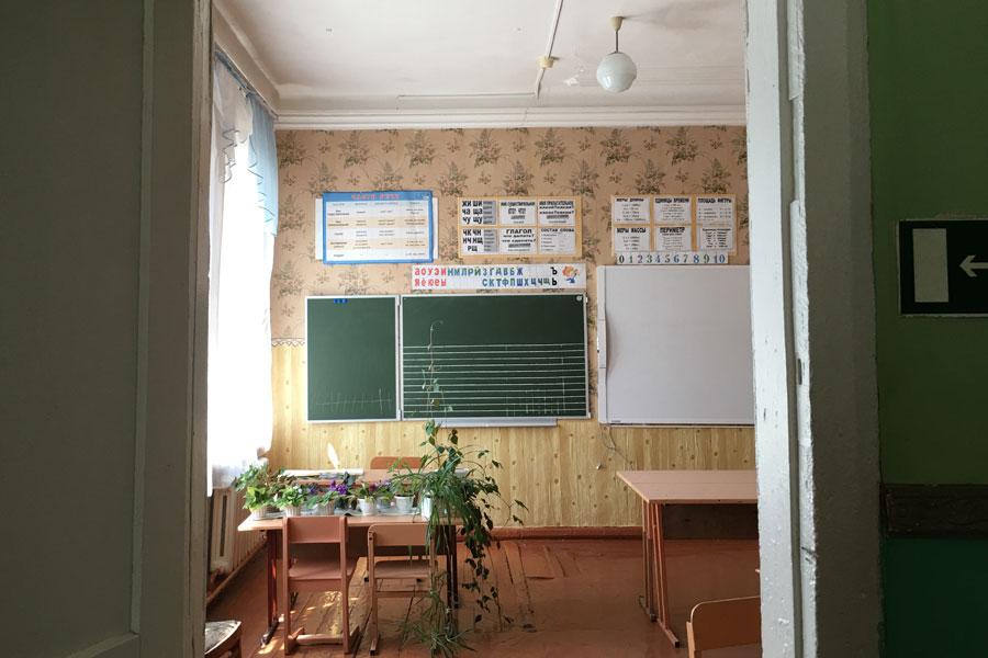Внутреннее убранство школы-дворца.