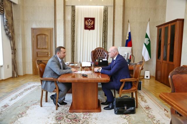 Переговоры с врио губернатора Курганской области Вадимом Шумковым (слева) прошли успешно.