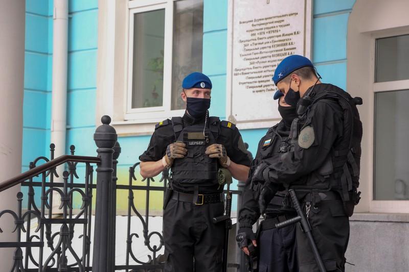 Третье заседание церковного суда по делу отца Сергия охронялось Казачьим Отрядом Быстрого Реагирования