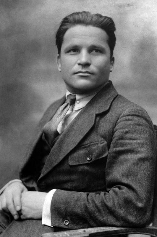 Сергей Киров был любимцем женщин и известным политическим деятелем, но на Вятке его любили далеко не все.