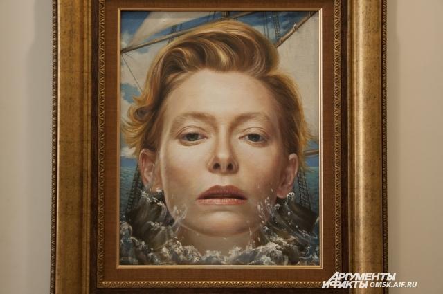 Никас часто пишет портреты знаменитых людей.