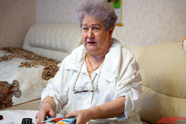Пенсионерка постоянно плачет, когда вспоминает о внуке.