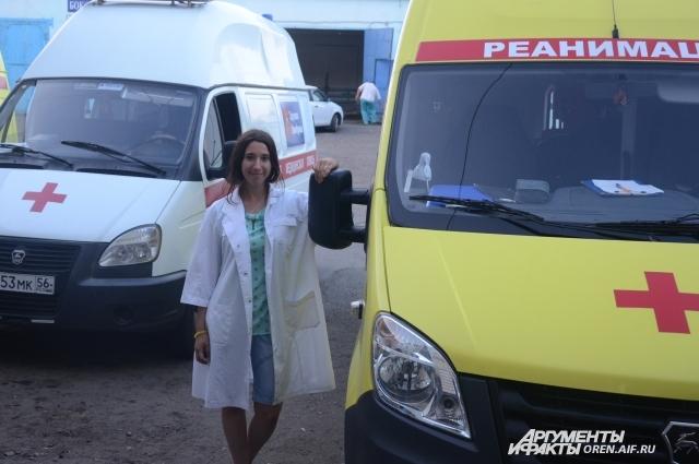 Корреспондент «АиФ Оренбург» провел с медиками половину смены.