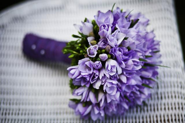 Хочется, чтобы цветы как можно дольше радовали глаз.