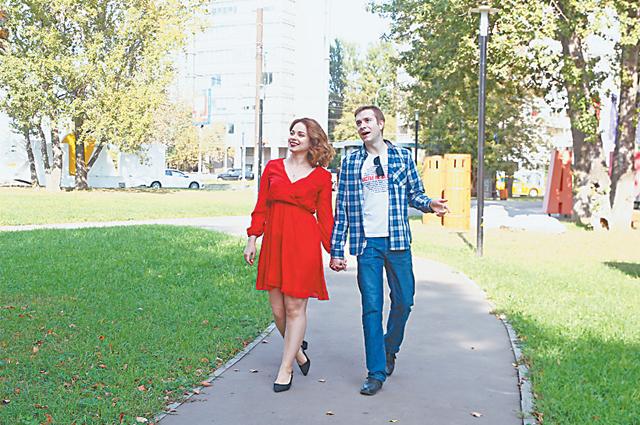 «Очень любим сквер «Долина реки Котловки» прямо за нашим домом»,– говорят Евгений иДарья.