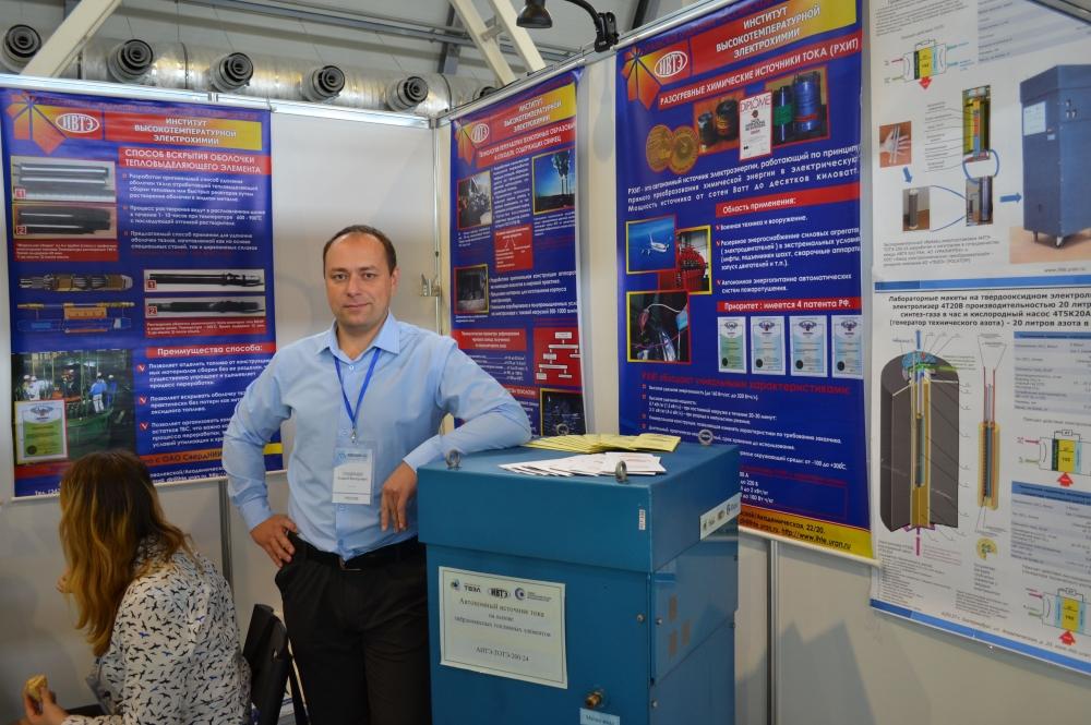У Андрея Суздальцева — новая лаборатория возобновляемых источников энергии.