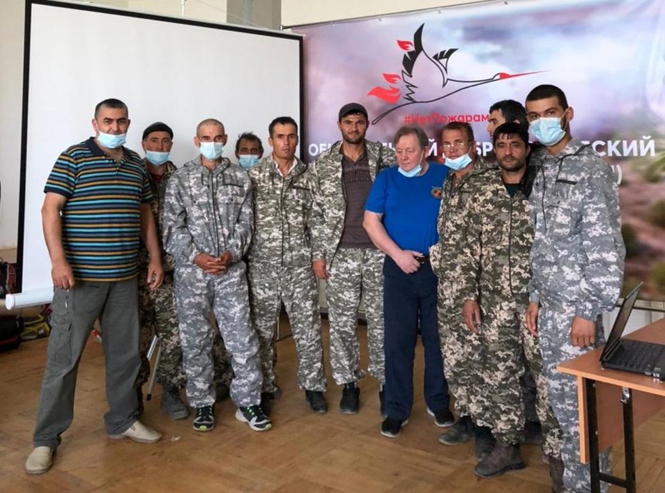 Землячество Таджикистана в Якутске направило в центр 15 волонтеров.