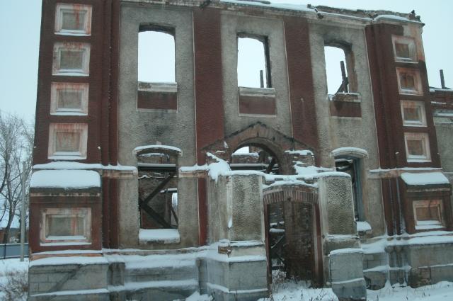 Развалины бывшего Свято-Троицкого храма в Тюменцеве