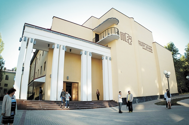 Новое здание театра драмы им. Савина обошлось бюджету в 715 млн руб.