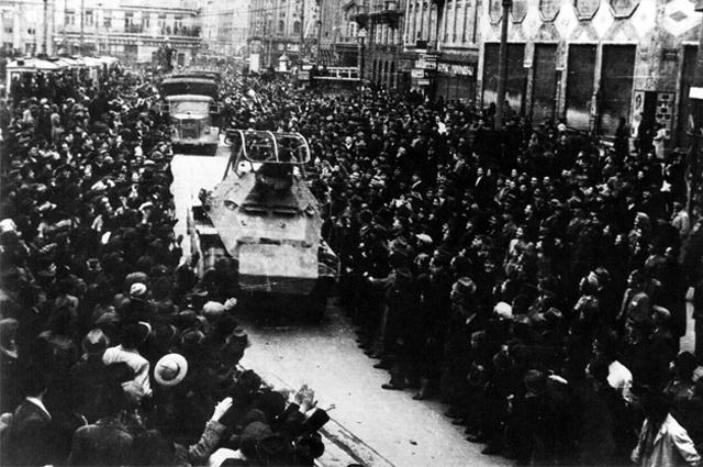 Встреча немецких войск в Загребе 10 апреля 1941 года.