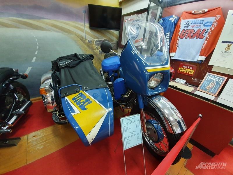 На этом мотоцикле устанавливались рекорды Гиннесса