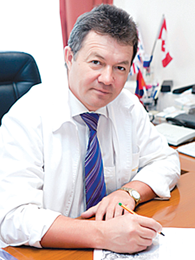 Радмир Хасанов Витадент