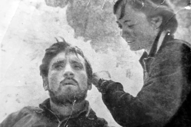 Владимир Высоцкий и Лариса Лужина на съемках фильма «Вертикаль», 1966 год