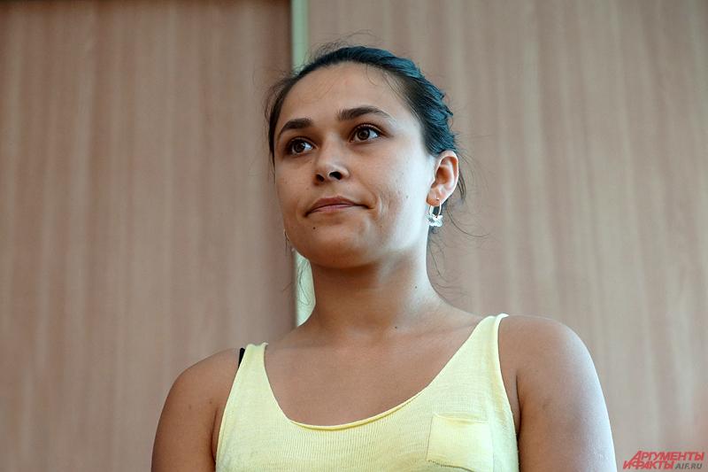 Личность обидчицы на следующий день была установлена. Ей оказалась 26-летняя Анна Ефимова, работающая в сфере кредитования и недвижимости