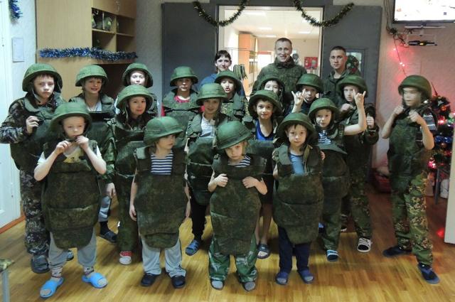 «Рабочий день» в детско-юношеском военно-патриотическом клубе «Гвардия Урала».