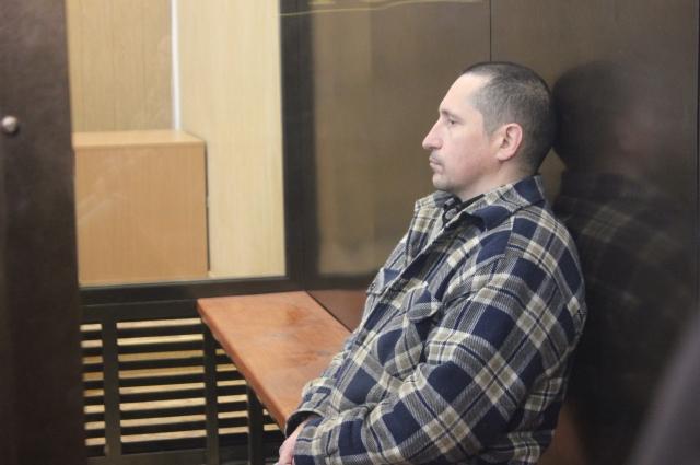 Осужденный за убийство девяти человек Сергей Егоров в зале суда.