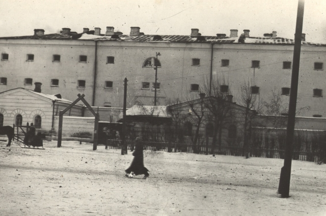 Здание Омской тюрьмы по ул. Тобольская, 1919 год.