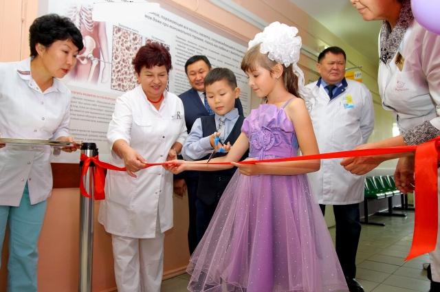 Новый компьютерный томограф в Улан-Удэ буквально недавно исследовали и протестировали специалисты главного федерального удостоверяющего центра.