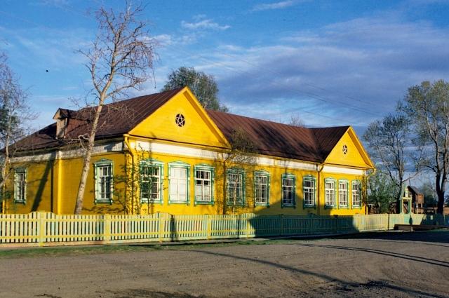 Так сейчас выглядит Нарымский музей, когда-то носивший имя Сталина.