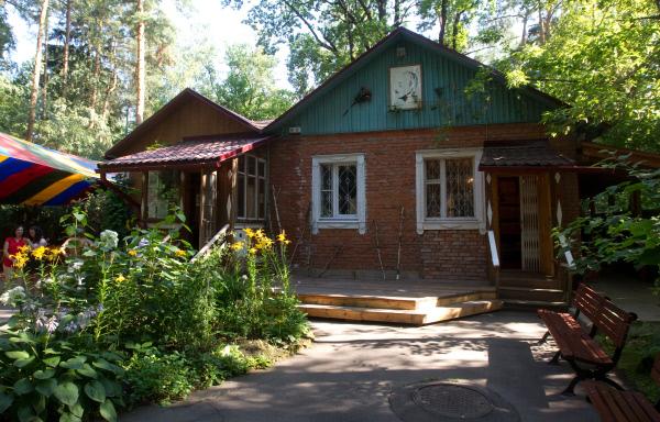 Дом-музей поэта Булата Окуджавы в Переделкине