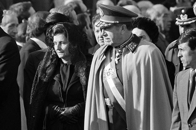 Пиночет в Мадриде, 1975 год.