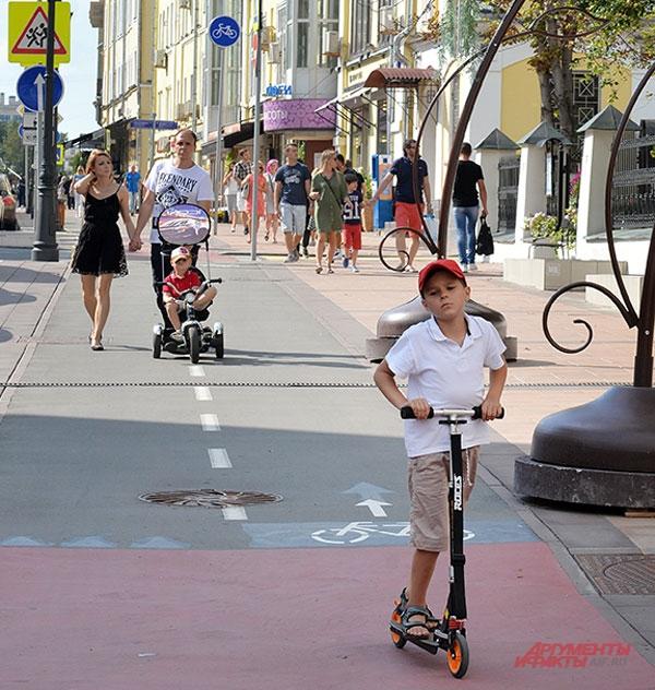 Большая Никитская улица. Прокачусь с ветерком!