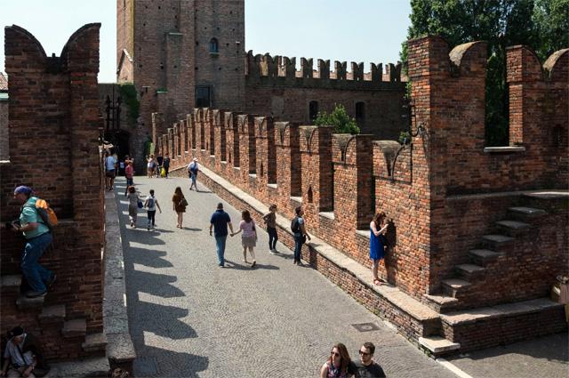 Замок Кастельвеккио в Вероне.