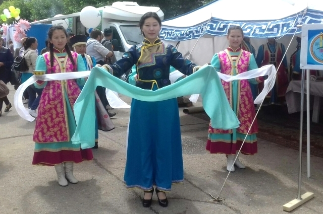 Конкурс красавиц «Дангина» прошёл 6 июля в Иркутске на стадионе «Труд».