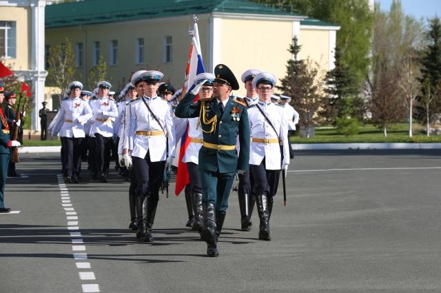 Около 70 % выпускников Оренбургского президентского кадетского училища выбирают в дальнейшем высшую военную школу.