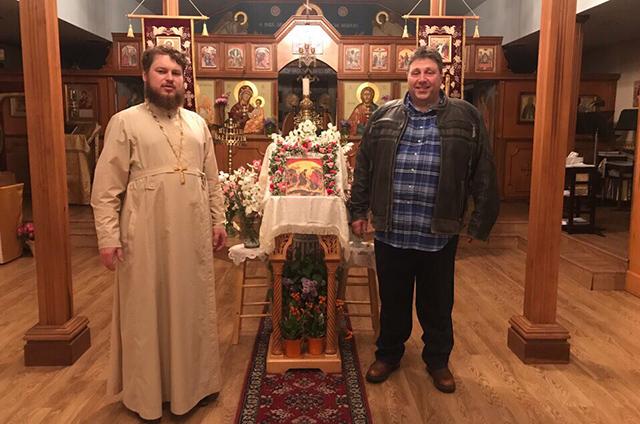 В православную церковь в Америке ходят, в основном, выходцы из СССР.