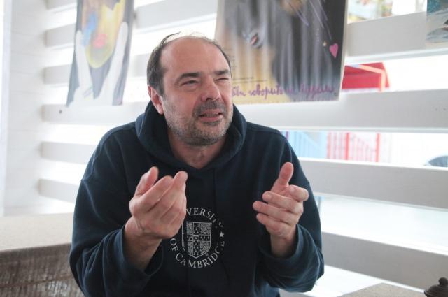 Любомир Георгиев уверен, что благодаря современным технологиям режиссер-документалист стал ближе к герою.