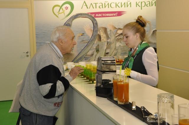 Алтайские коктейли пришлись по вкусу москвичам.