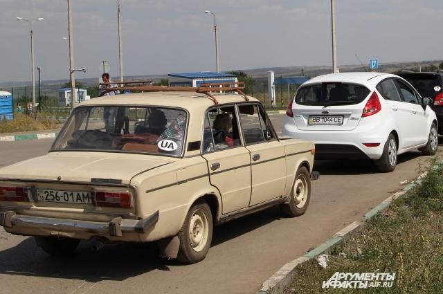 От водителей на машинах с украинскими номерами можно ждать подвоха.