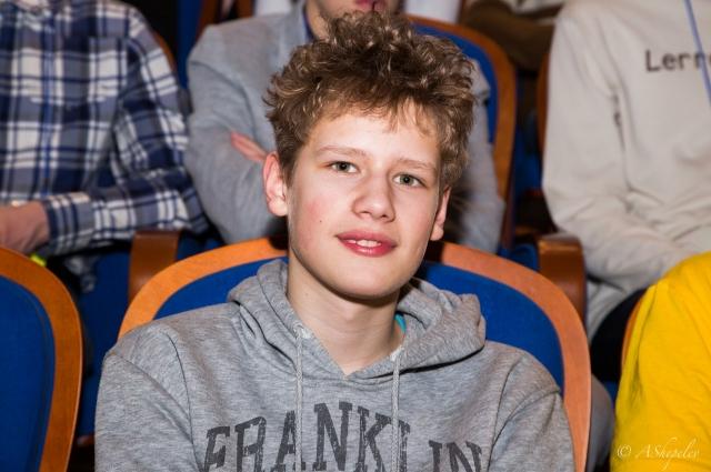 Илья учится в лицее и увлекается астрономией.
