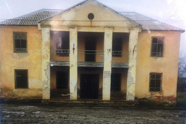 Сельский ДК простоял без ремонта 20 лет.