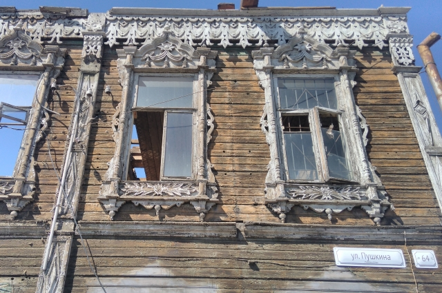 На восстановление аптеки Вильгельмины Крюгер нужно 30 млн рублей. И имя каждого, кто пожертвовал деньги на ремонт, уже вписано в историю Барнаула.