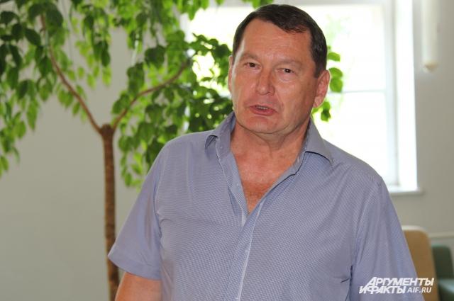 Аркадий Чебоксаров уверен, что Россия может полностью перейти на свой химпром
