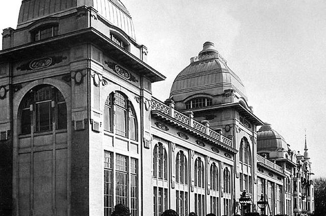 Здание гостиницы Советская и ресторана Яръ . 1909 1913 года