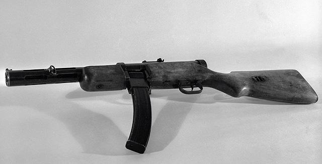 Пистолет-пулемёт системы Федора Васильевича Токарева образца 1931 года из фондов Центрального музея Вооруженных Сил СССР.