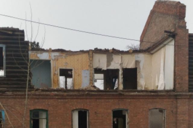 Дом на улице Суровцева, 1 был четвёртым штабом восстания. В 2014 году его расселили.