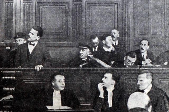 Самуил Шварцбурд выступает в суде, октябрь 1927 г.